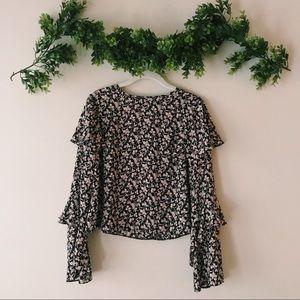 Floral Long Sleeve Ruffled Blouse sz S